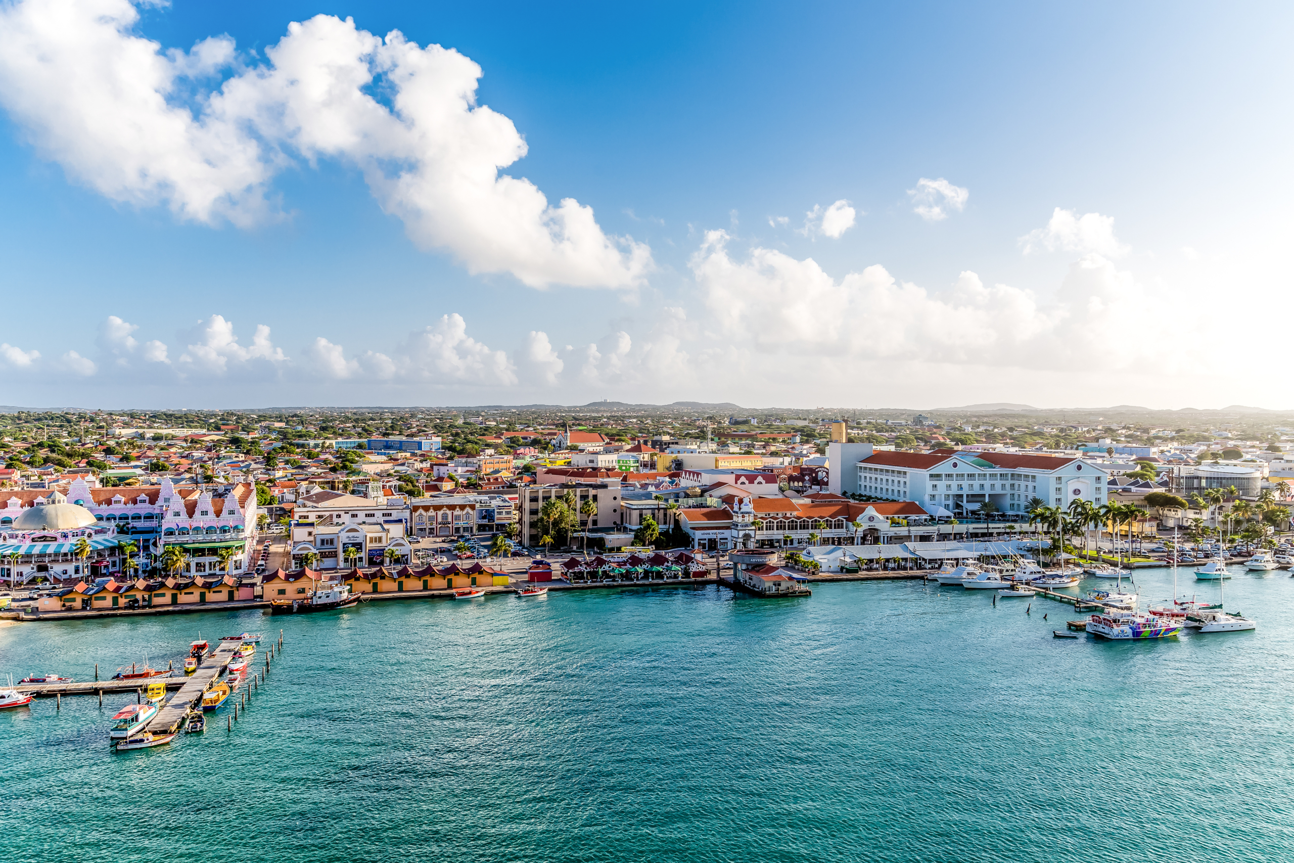 safe to open bank account in aruba