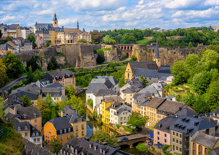 Online broker Luxembourg trading and brokerage account