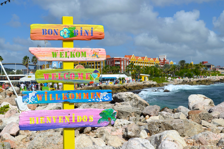 Curacao offshore banking clients